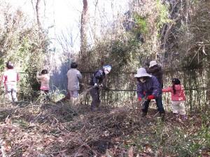 木の葉場作り